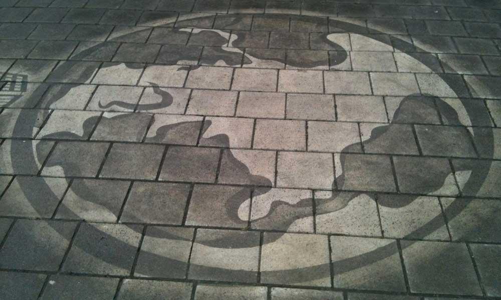 reverse-graffiti-world