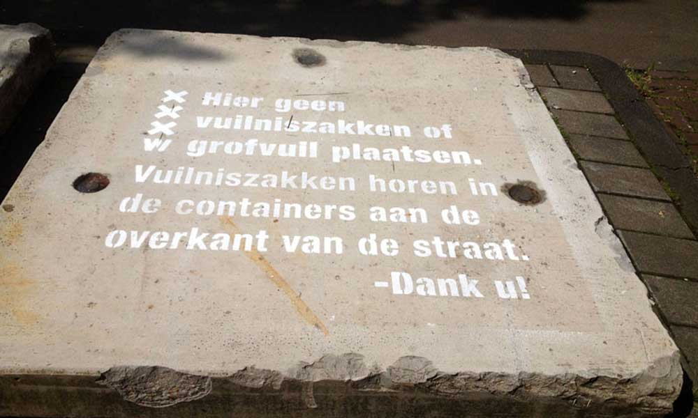 Amsterdam-eco-chalk-pubulic-awareness-message-garbage.jpg