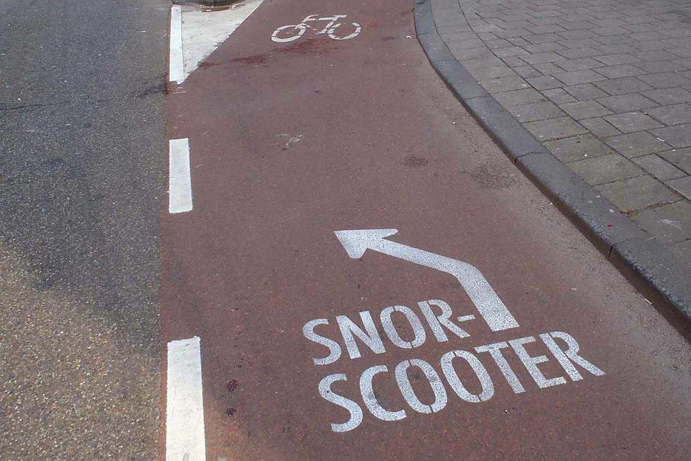 Snor-Scooter_Beau_01.jpg
