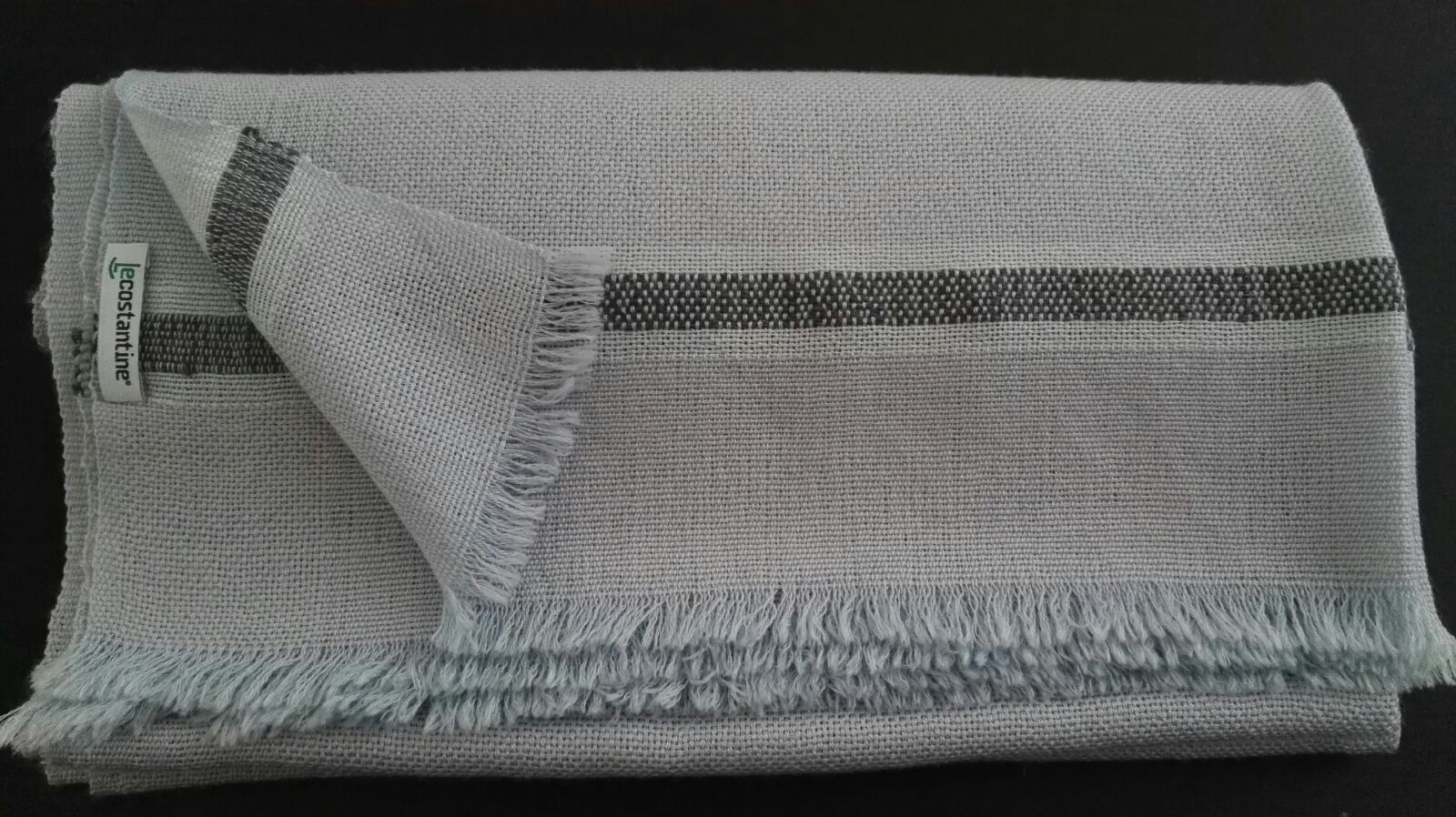 Le Costantine Tessitura Sciarpa da donna in cachemire grigia 2.jpeg. Sciarpa  da donna in cachemire e seta - cod. c8b5d530821