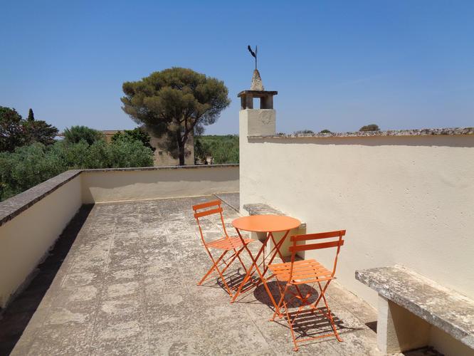 La-Casa-di-Ora-Fondazione-Le-Costantine-Camera-14e-apt-terrezza appartamento_Prime_foto.jpg