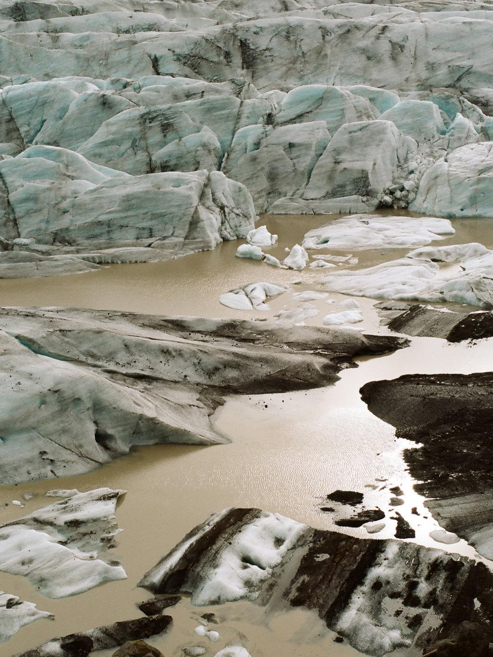 Iceland - 00226 - Chris Goetchius 2017.jpg