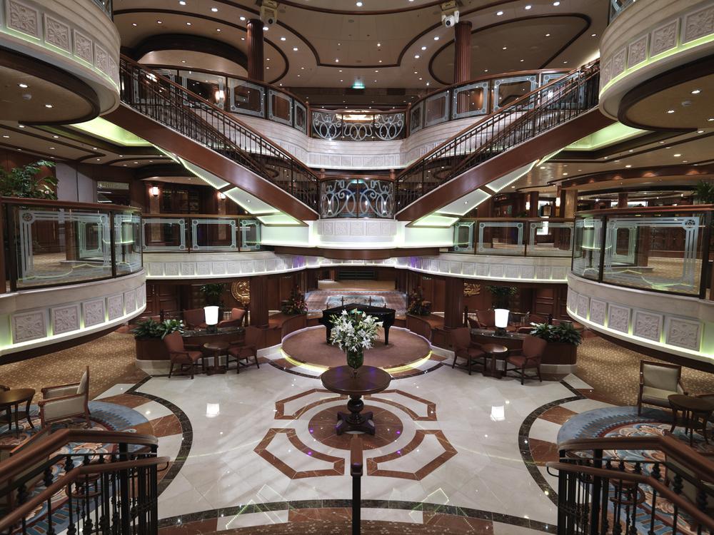 Grand Lobby 7.jpg