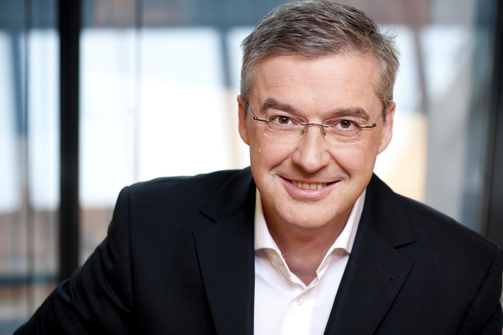 Thomas Kolarik erstegroupit.com