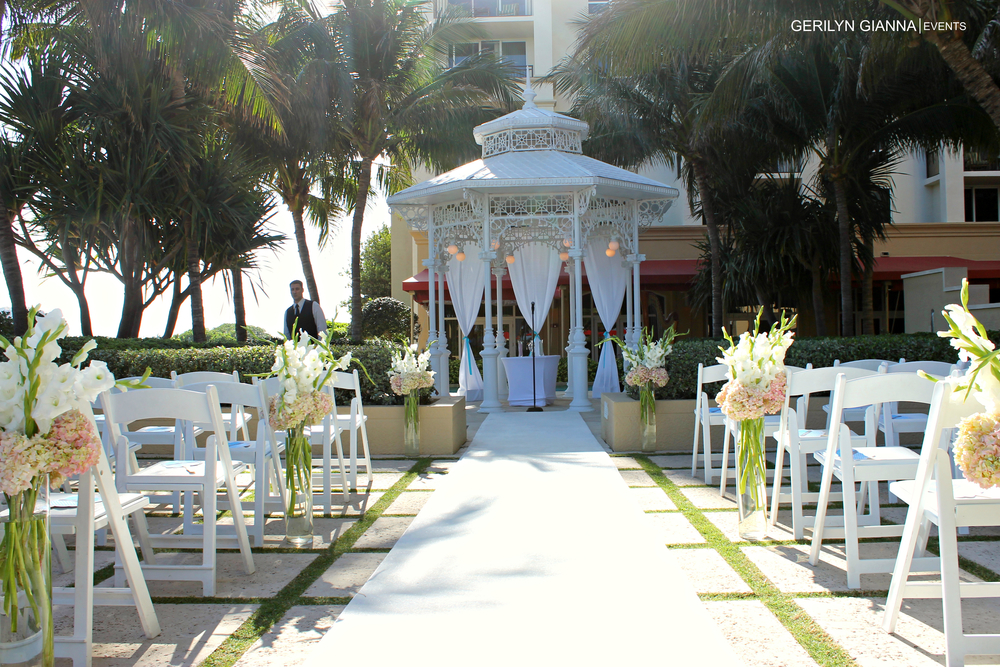 Palm Beach Wedding Ceremony Decor | Gerilyn Gianna | Palm Beach Wedding Ceremony Venues