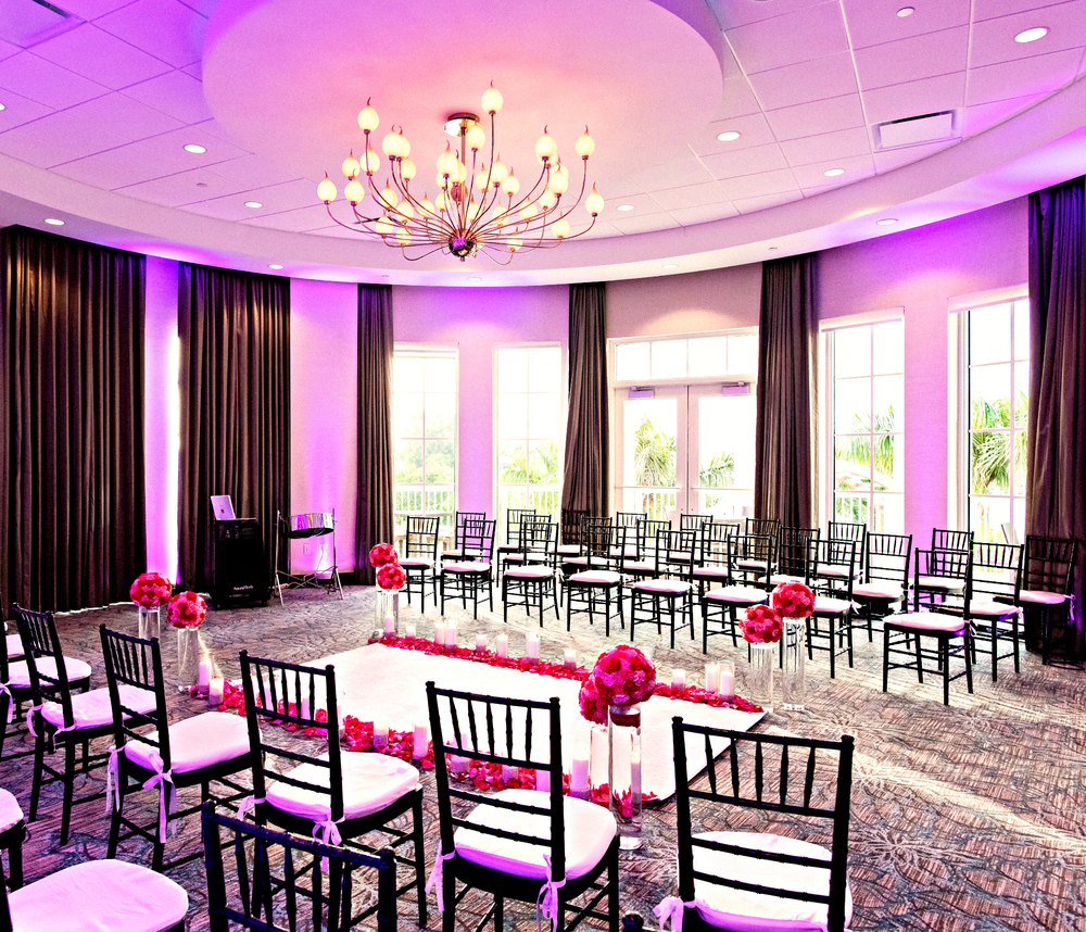 Wyndham Grand Jupiter Wedding | Elegant Ceremony Decor