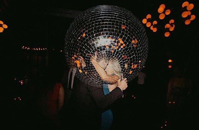 Our disco ball + a dance floor makeout sesh + @chellisemichaelphotography mad photography skills = 🔥 #doubleexposure #discowedding #501union #momentslikethese