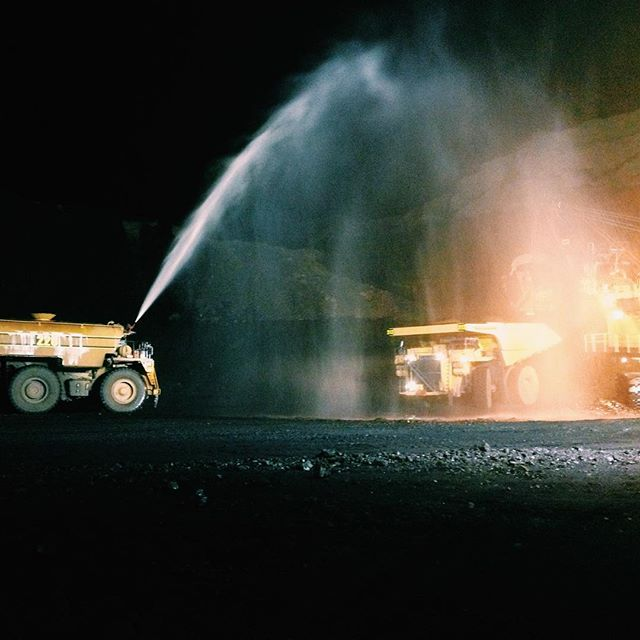 Making it rain  #productionlife #caterpillar #coal #vscocam #vsco #torchwerks #followus