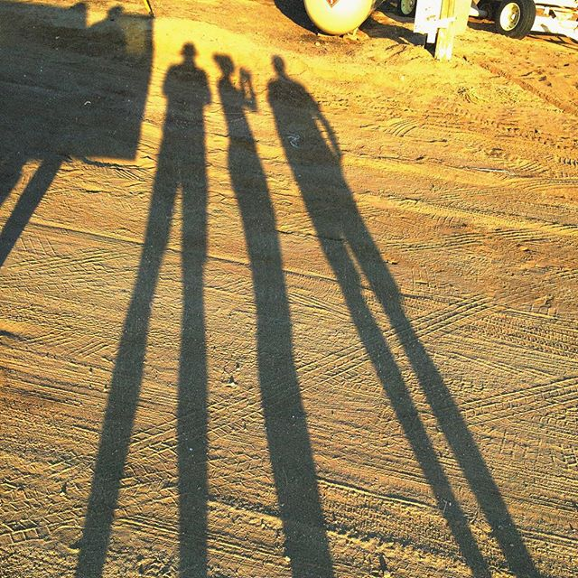 Client conference about last shot of the day with @geoffjohnson and @rolfiegirl #longshadows #swansonrussell