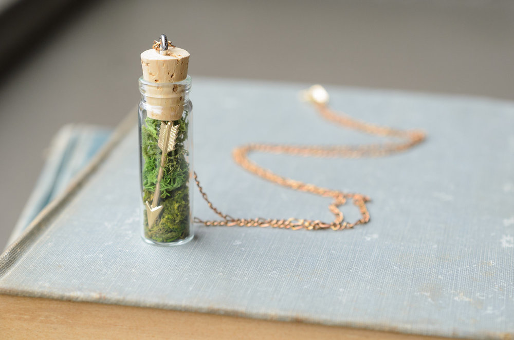 Arrow & Moss Necklace | Retail $26