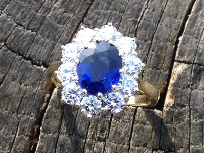 sapphire-diamond-cluster-yellow-gold-ring.jpg