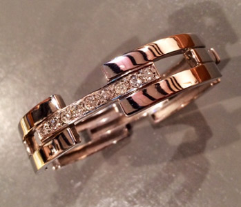 diamond-gold-bangle.jpg