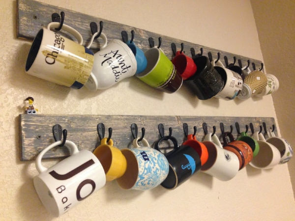 See how to make this mug rack here!