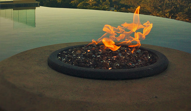Warming trends Leading the industry with a highly-engineered, precision product, Warming Trends is the original and only manufacturer of the CROSSFIRE™ Brass Burner, a distinctive fire pit burner that utilizes cutting-edge technology to produce a taller, brighter, fuller flame.
