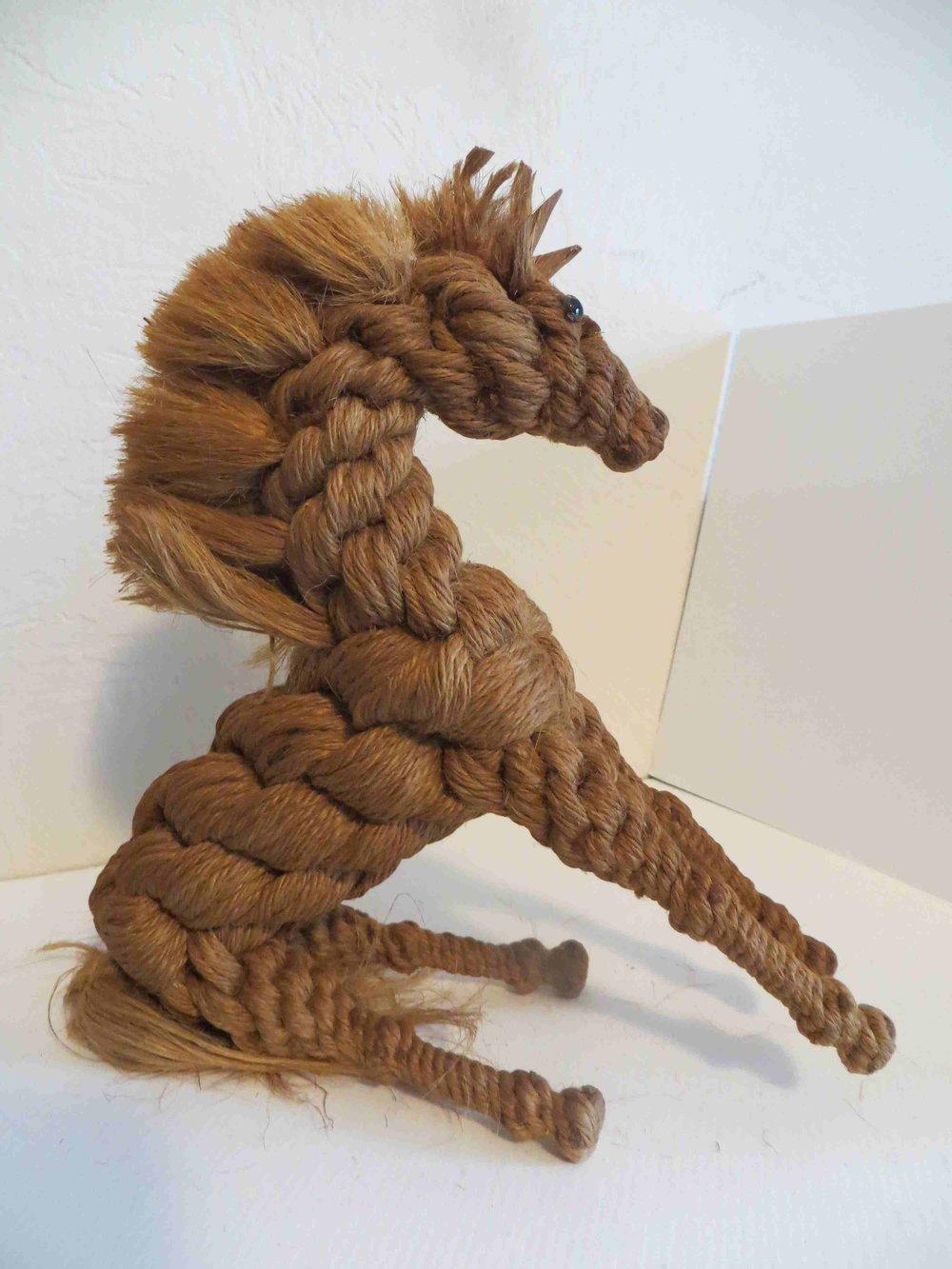 Twine Horse sculpture by Raiford FL INmate ARtist-021.jpg