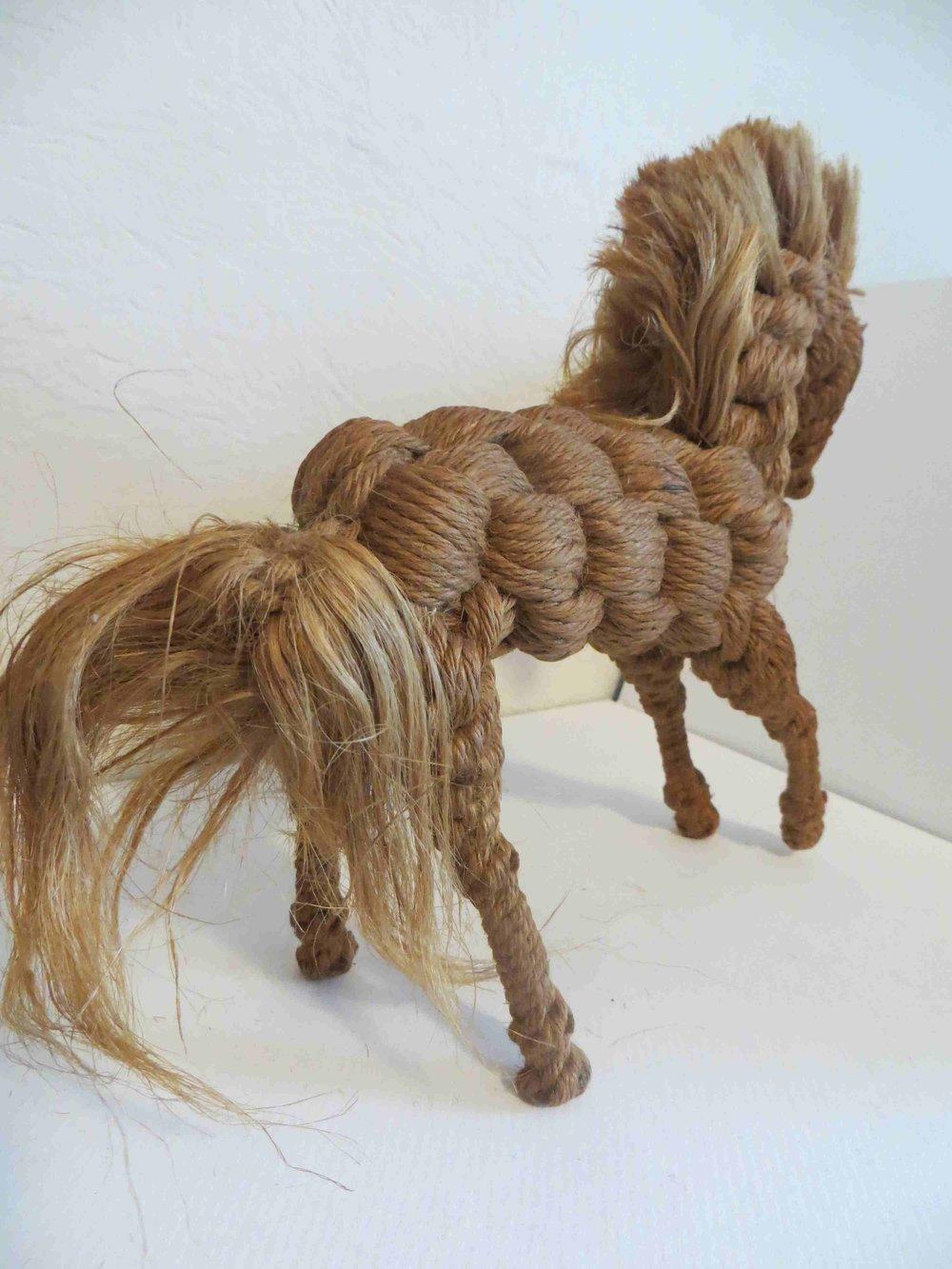 Twine Horse sculpture by Raiford FL INmate ARtist-020.jpg