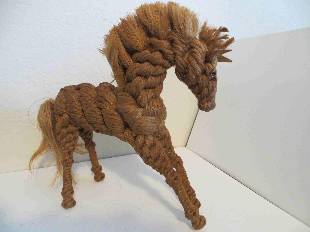 Twine Horse sculpture by Raiford FL INmate ARtist-019.jpg
