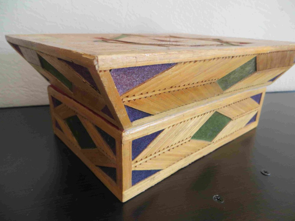 Vintage Inmate Matchstick Jewelry Box-013.jpg