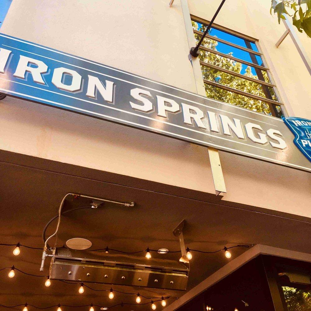 Iron springs pub -IMG-0520 - Copy.jpg