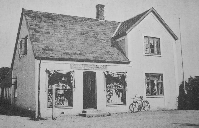 Gammel købmandsbutik på Blovstrød Byvej