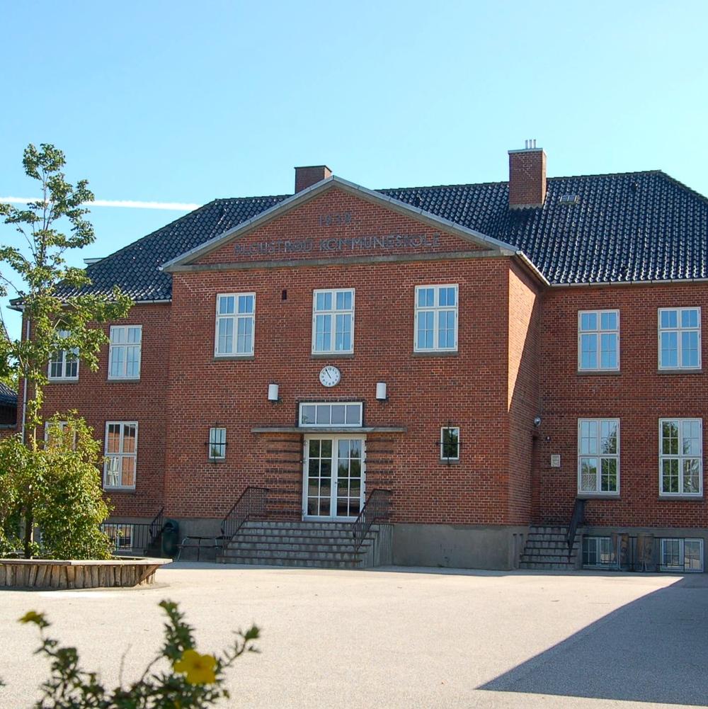 Blovstrød Skole (Flemming Nyberg)_2.jpg