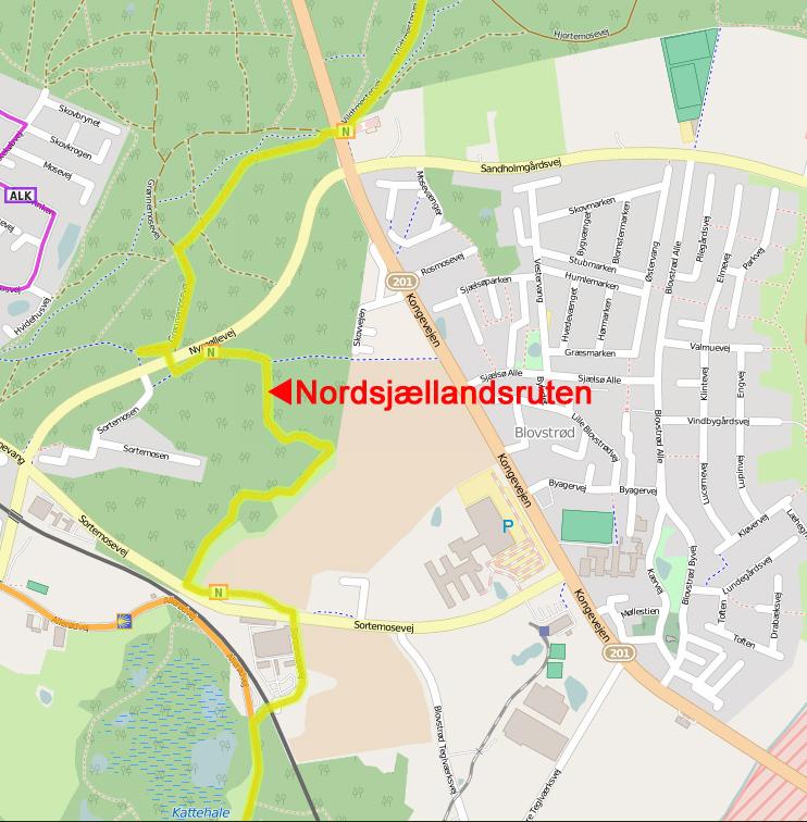Som det fremgår af ovenstående kort, går 'Nordsjællandsruten' gennem udkanten af Blovstrød.   Ruten løber bl.a. gennem Tokkekøb Hegn og videre gennem Sortemosen og øst om XL-BYG og videre under jernbanen til Allerød Sø.