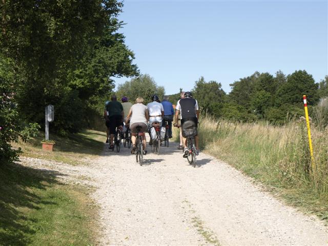 Cykelturen er på omkring 15 km, og der cykles primært på stierne.