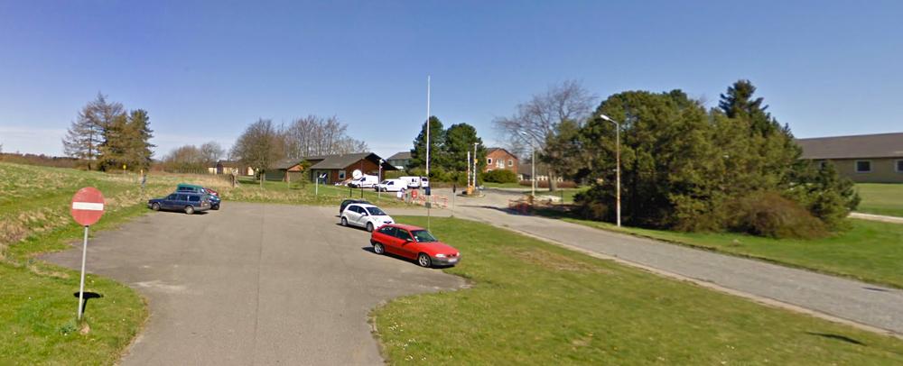 Den formodede overfaldsmand blev anholdt tirsdag formiddag i udrejsecenter Sjælsmark - ca.1 km fra Center Sandholm.