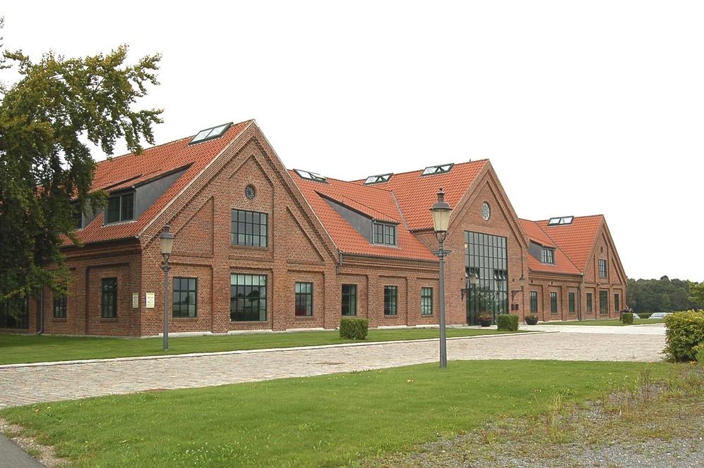 Allerød Privatskole har skrevet under på en lejekontrakt med Ny Allerødgård, der tidligere husede Sjælsø Gruppen. Foto: AOB