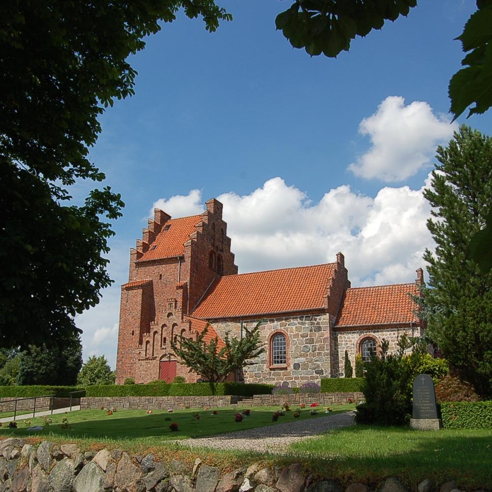 Blovstrød Kirke bliver den 29. maj rammen om en engelsksproget gudstjeneste. Foto: AOB
