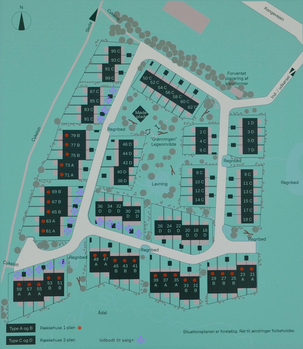 Situationsplanen over de i alt 78 boliger. Bolig A og B er i 1-plan (markeret med rød prik) og bolig C og D er i 2-plan. De 19 boliger, der i første omgang er udbudt til salg, er markeret med lilla symbol. Illustration: Bonava. Farvekoder: AOB