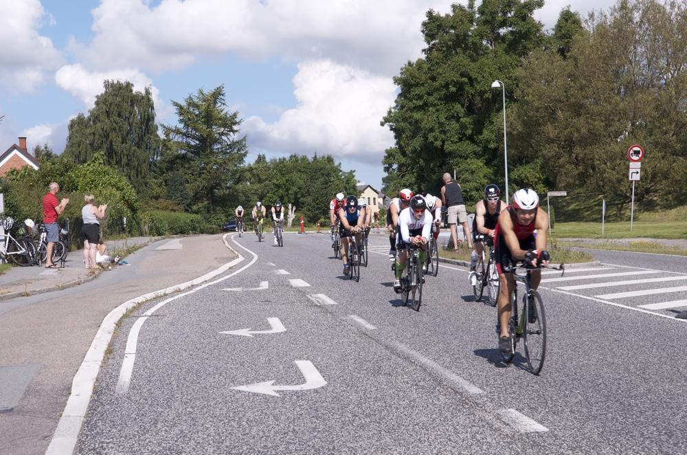 """""""Der er INGEN grund til at køre cykel på vejbanerne - med mindre der er tale om et decideret cykelløb med afspærringer o.a. - det er en hel speciel situation.""""Arkivfoto: AOB"""