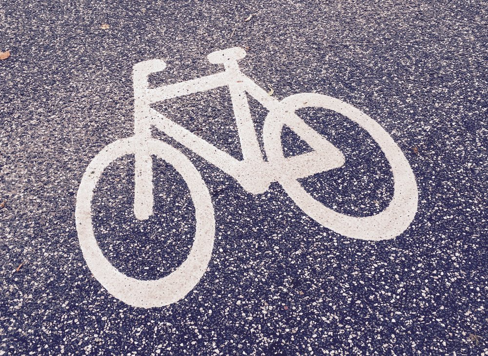 Kommunen udfører heldigvis mange cykelstier, men... Foto:AOB