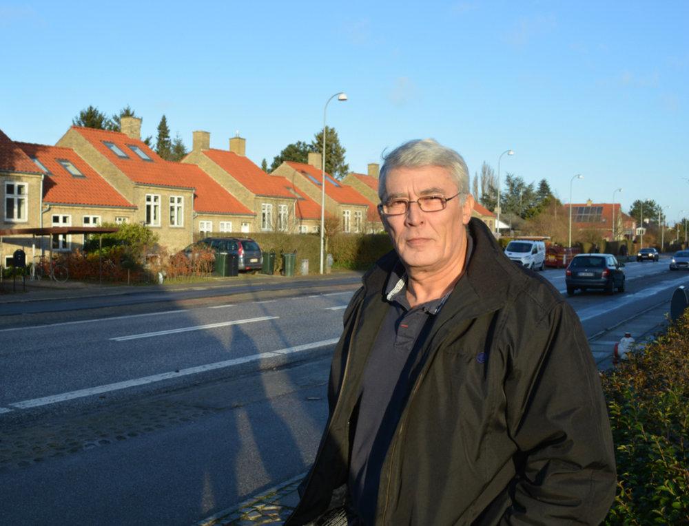 Tidligere politibetjent, Jørgen Lund, vil svare på spørgsmål om det elektroniske nabonetværk 'Næralarm'.