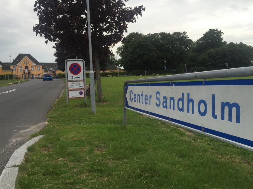 Center Sandholm er Danmarks modtagecenter for alle nye asylansøgere, men rummer pt. også personer på tålt ophold. Arkivfoto: AOB