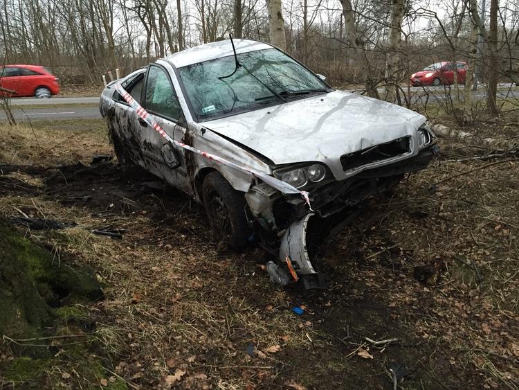 Voldsom ulykke på Sortemosevej. LÆS ARTIKEL