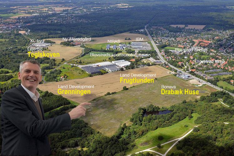 Jesper Hammer siger:Vi vil fortælle om de fire store boligprojekter, der er planlagt vest for Kongevejen: 1) 'Drabæk Huse', præstejordens to boligområder: 2) 'Frugtlunden' og 3) 'Grønningen' samt bebyggelsen 4) 'Teglskoven'. Endvidere vil vi også orientere om saneringen af Kongevejen. Manipuleret foto:AOB