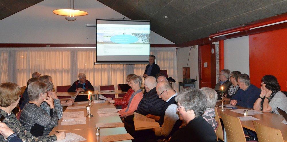 Over 30 interessenter var mødt op til Blovstrød Vandværks generalforsamling, som blev afholdt i Sportscaféen i Blovstrødhallen. Foto:AOB