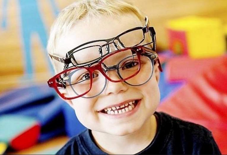 Det er foreløbigt et tre-årigt forskningsprojekt, der undersøger syn og opmærksomhed på 100 skolebørn i Allerød Kommune.