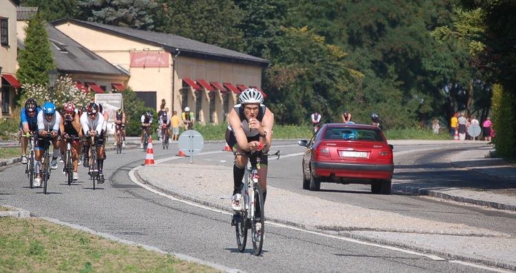 Det meste af søndagen vil den sydgående trafik på Kongevejen være forbeholdt Ironman-rytterne.Arkivfoto fra sidste års Ironman: AOB