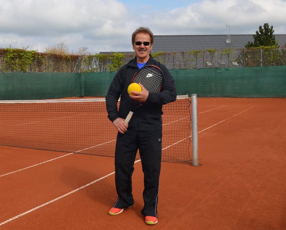 Tennisklubbens cheftræner Behzad Samimi. Foto: AOB
