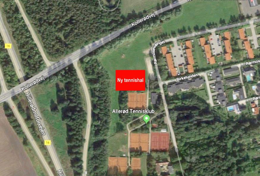 På luftfotoet har AOB markeret placeringen af den nye tennishal, som kommer til at ligge ved siden af Allerød Tennisklubs nuværende udendørs tennisbaner.