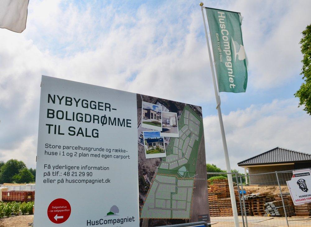 På lørdag åbner HusCompagniet sin udstillingsby her i Blovstrød. Foto:AOB