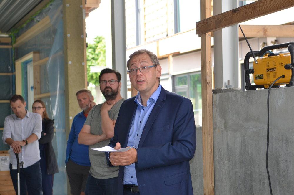 """Borgmester Karsten Längerich: """"Projektet er en del af en større vision om Blovstrød som Børne- og Læringsby. Foto: AOB"""