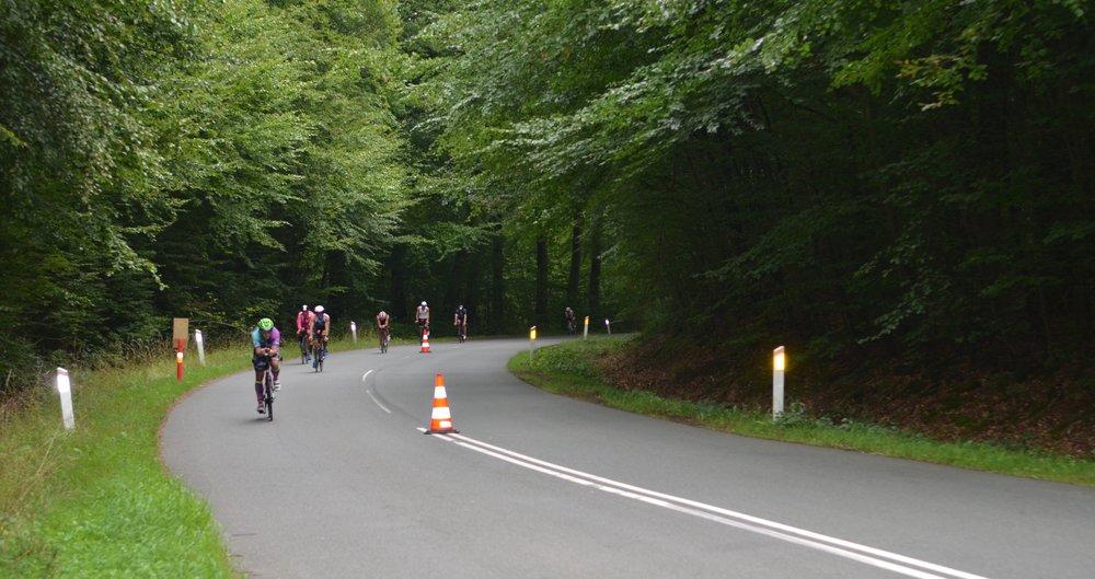 Det meste af dagen var der gang i pedalerne - her på Stumpedyssevej. Foto: AOB