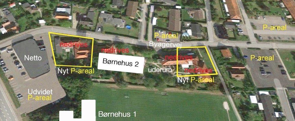 Som det fremgår af planen, regner man på sigt med at etablere 2 nye p-arealer ved Byagervej - ud over de 3, der er i forvejen. Samtidig udvides p-arealet ved Netto. Mellem de to nye p-pladser opføres Børnehus 2 samt et uderum.Grafik:AOB