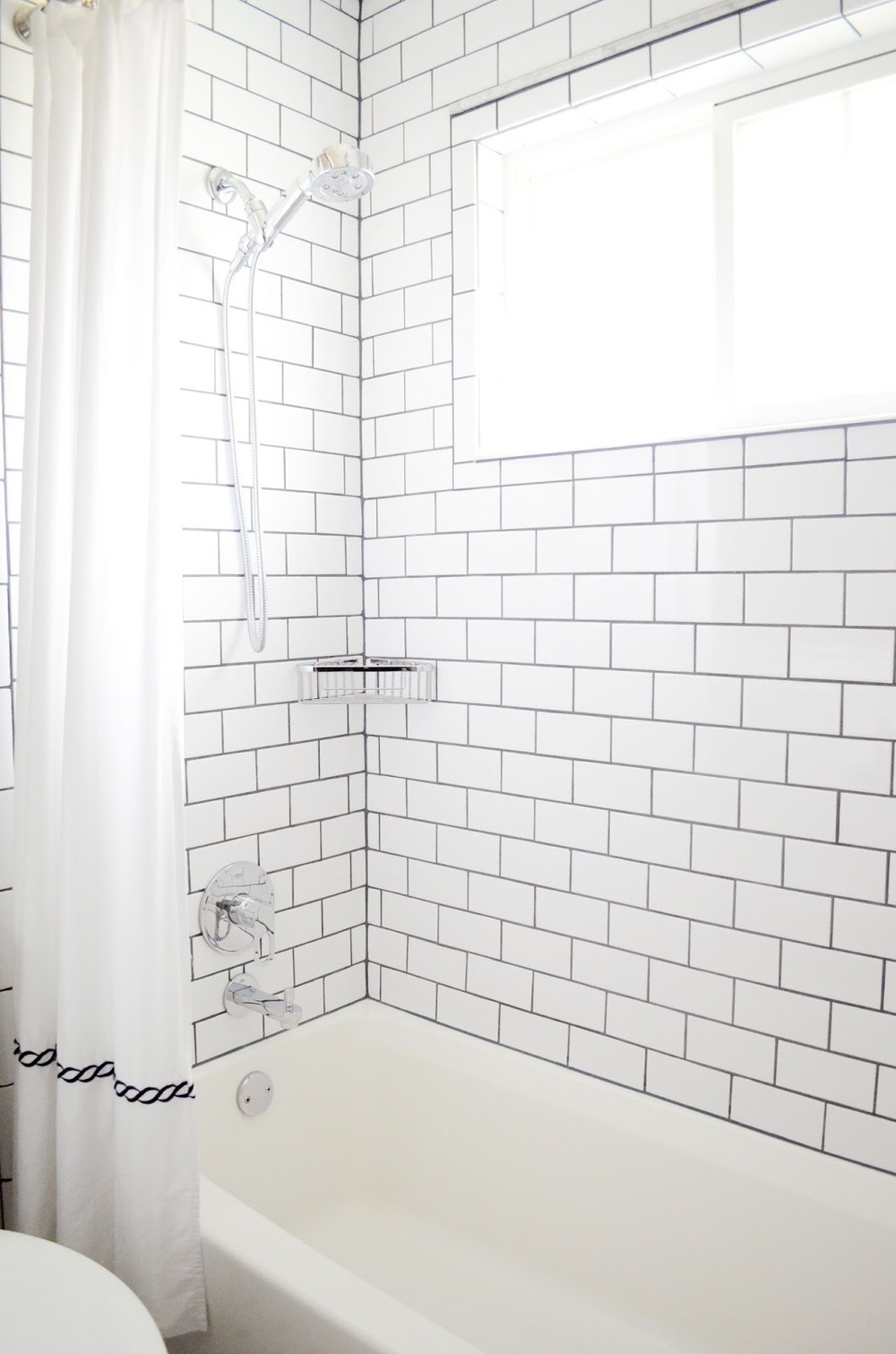 Bathroom_Subway_Tile_Dark_Grout.jpg