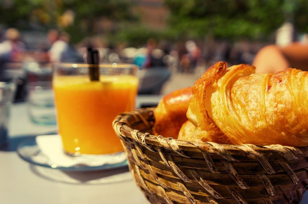 YES-Aug-BreakfastEvent