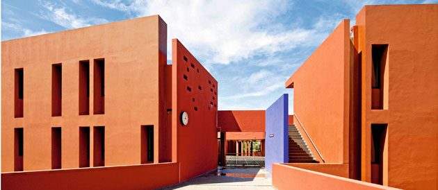 Jean Mermoz French school complex at Dakar, Senegal - Image courtesy of TerreNeuve Architects