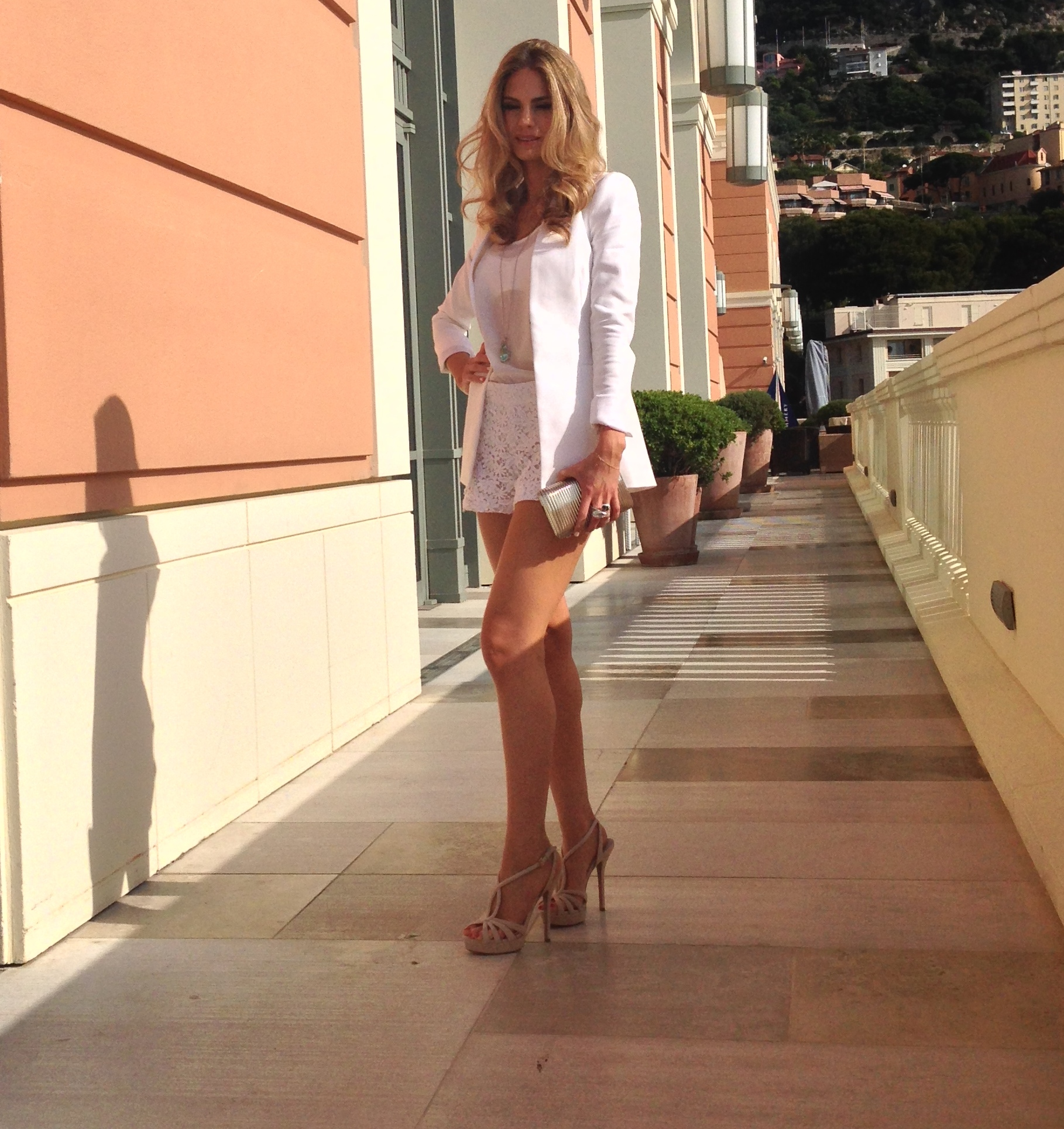 Feeling so chic in this all white ensemble by Alice & Olivia